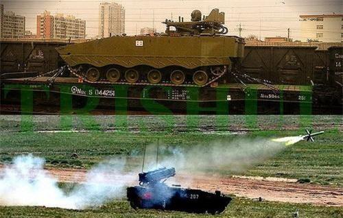 Tổ hợp tên lửa chống tăng tự hành AFT-10 của Trung Quốc. Ảnh: China Military.