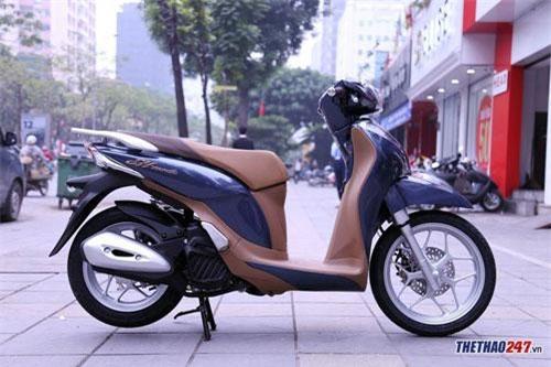 Honda SH mode.