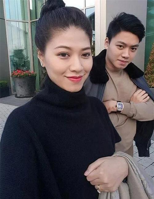 Cặp chị em Ngọc Trinh - Bảo Hưng.