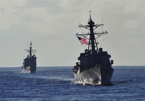 Chiến hạm Mỹ cùng với các tàu chiến các nước thuộc Hiệp hội các quốc gia Đông Nam Á (ASEAN) lần đầu tổ chức cuộc diễn tập chung trên biển từ ngày 2 đến ngày 6/9.