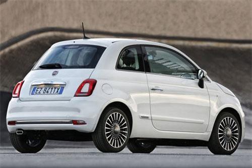 3. Fiat 500 (doanh số: 103.214 chiếc).