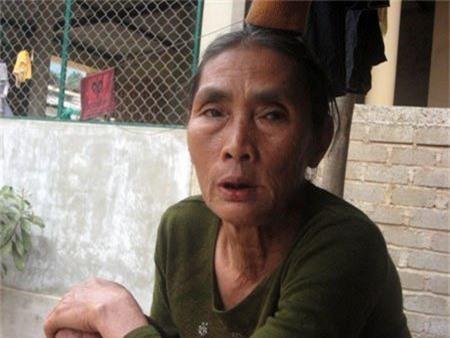 Bà Nguyễn Thị Tính - người bị con rắn khổng lồ đuổi khi tìm phế liệu