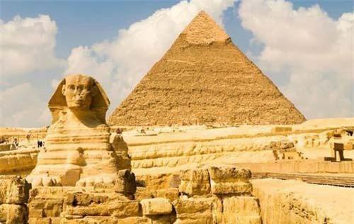 Tượng nhân sư ở Giza.