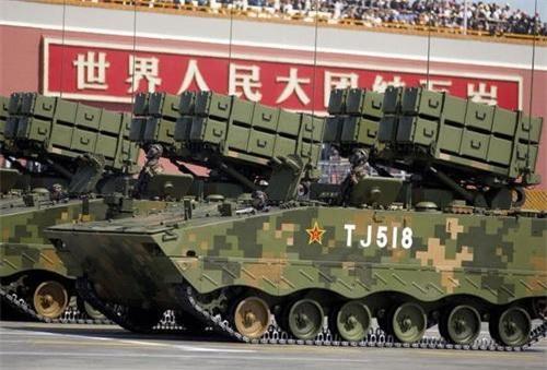 Xe chống tăng tự hành ATF-10 sử dụng chung khung gầm ZBD-08. Ảnh: China Military.