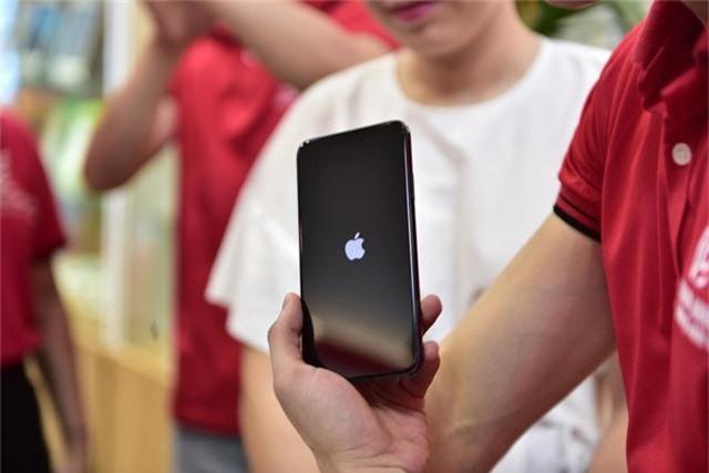 IPhone 11 xách tay đã cập bến Hà Nội, giá trên 40 triệu đồng - 3