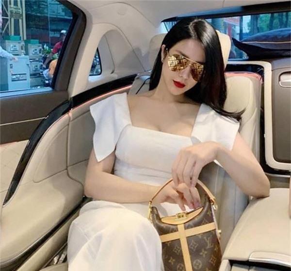 Khối tài sản khổng lồ của người đẹp mời được 2 tài tử Hàn Quốc sang Việt Nam giao lưu - Ảnh 8.