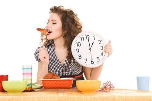 Có những khung giờ dù bạn ăn bao nhiêu cũng không sợ tăng cân - Ảnh: Minh họa.