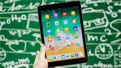 """iPad 9.7 inch 2018 giảm giá sốc xuống mức """"không thể tin nổi"""""""