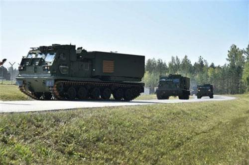 Nhận định trên được truyền hình Nga đưa ra khi nói về thông tin Mỹ đã quyết định điều số lượng lớn (không rõ số lượng cụ thể) hệ thống pháo phản lực phóng loạt M270 đến Đức và Ba Lan. Những hệ thống vũ khí này đều nằm dưới sự quản lý của Lữ đoàn pháo binh dã chiến 41 - đây là lữ đoàn pháo binh tên lửa duy nhất của Mỹ ở châu Âu.