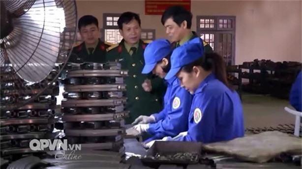 Cap nhat loat sung ban tia quan doi Viet Nam dang su dung-Hinh-13