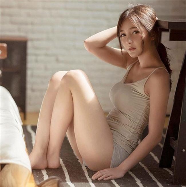 "dung mao ngam la yeu cua 2 hot girl ""cau lac bo con gai dep nhat thai lan"" hinh anh 9"