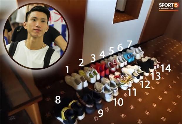 Văn hậu đem theo cả gia tài giày sang Hà Lan, có đôi gần 100 triệu đồng - Ảnh 1.