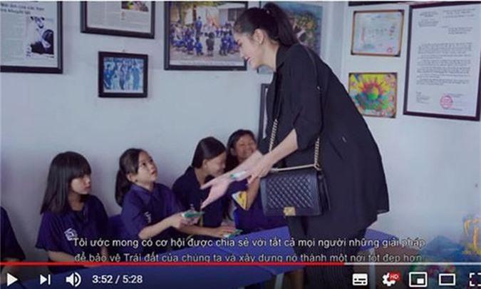 Vi sao dinh loat tai tieng, Hoang Hanh van dai dien VN thi Miss Earth?-Hinh-3
