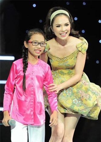 6 năm trước, Phương Mỹ Chi là hiện tượng dân ca trong gameshow âm nhạc Giọng hát Việt nhí.