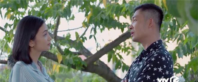 Giả thuyết: Thái không phải là gã chồng duy nhất sắp bị vợ bỏ trong Hoa Hồng Trên Ngực Trái, Dũng - chồng San cũng sắp ra rìa?  - Ảnh 6.
