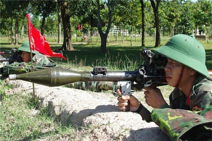 Viet Nam da che tao sung chong tang manh ngang B40 tu rat lau-Hinh-2