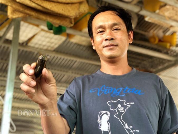Con sâu gớm ghiếc ngoe nguẩy thành đặc sản ngon 14 triệu/kg