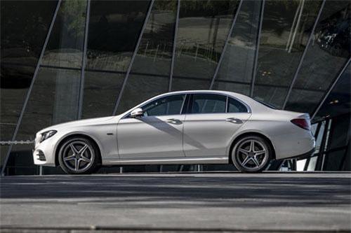 Mercedes-Benz E 300 de.
