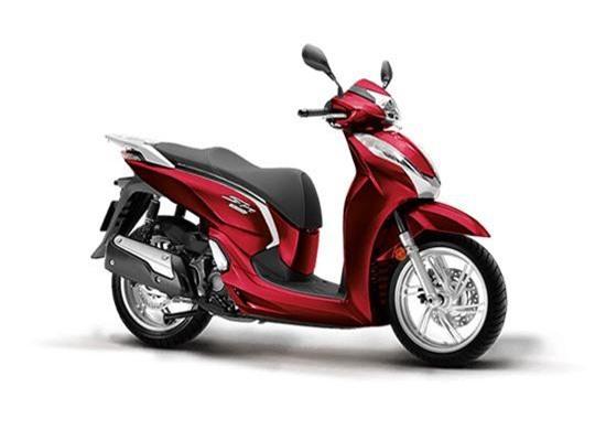 Honda SH 300i màu đỏ đen.