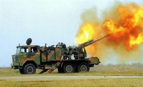 Pháo tự hành PCL-09 của Quân đội Trung Quốc nhả đạn trong một cuộc diễn tập. Ảnh: China Military.