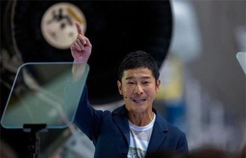 Tỷ phú Nhật Bản Yusuke Maezawa. Ảnh: AFP