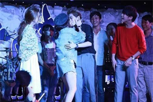 Gil Lê - sự nghiệp mờ nhạt nhưng ồn ào tình yêu đồng giới với nhiều sao Việt - Ảnh 4.