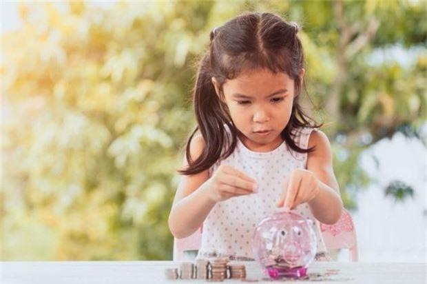 Tỷ phú Warren Buffett: Đừng chờ khi con lớn mới dạy con về tiền bạc - Ảnh 2.