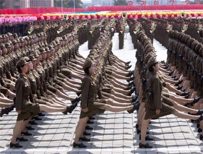Ve dep lanh lung day cuon hut cua nu binh si Trieu Tien-Hinh-13