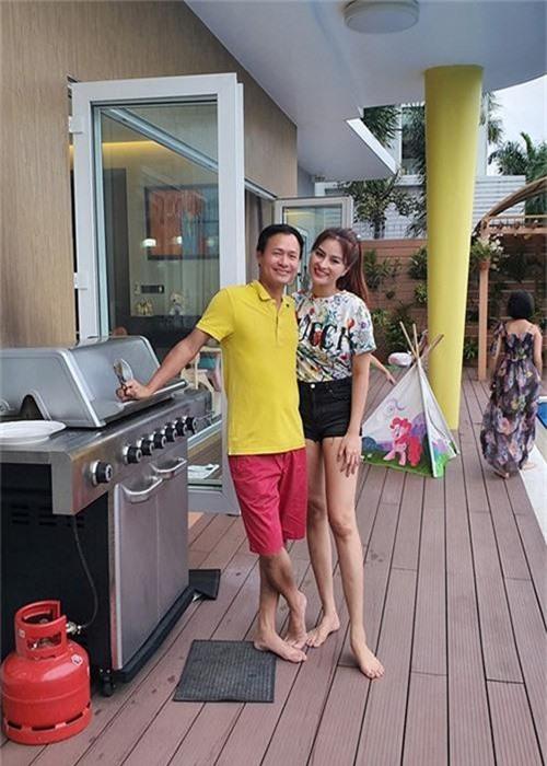 Vu Thu Phuong song cung con rieng cua chong, hon nhan co vien man?-Hinh-8