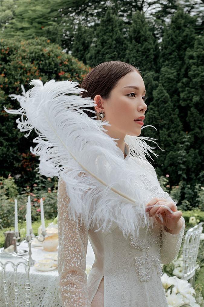 Vua cong khai yeu em chong Ha Tang, Linh Rin khoe ảnh mạc áo cuói hinh anh 3