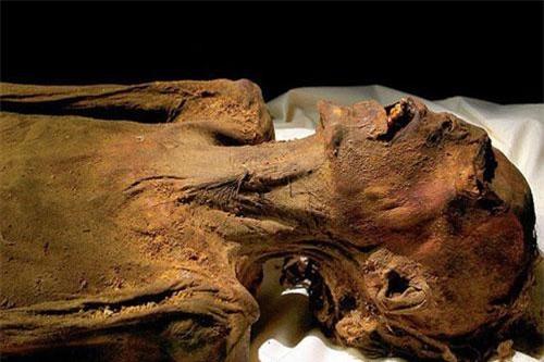 """""""Xác ướp la hét"""" được khai quật ở thung lũng Deir El Bahri, Ai Cập."""