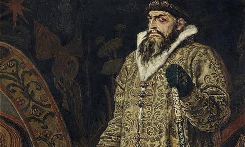 Ivan Khủng khiếp hay Ivan Bạo chúa (trị vì từ năm 1547 - 1584) là một trong những Sa hoàng Nga nổi tiếng sử sách. Vào năm 16 tuổi, ông trở thành Sa hoàng và bắt đầu thực hiện cải cách và hiện đại hóa đất nước.