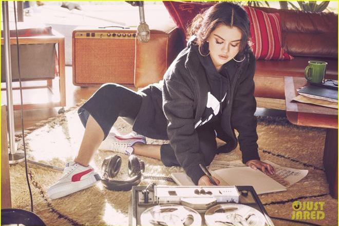 Khí chất cực đỉnh của Selena trong bộ ảnh sắp tới