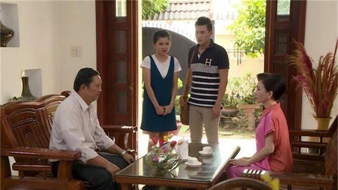 Đàm Phương Linh vừa tái xuất màn ảnh đã khiến Hà Trí Quang mê mẩn, yêu say đắm ngay cái nhìn đầu tiên - Ảnh 3.