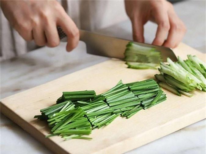 Học người Hàn làm món thịt trộn siêu tốc, cả nhà ăn khen không hết lời - Ảnh 2