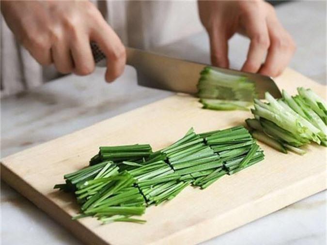 Học người Hàn làm món thịt trộn siêu tốc, cả nhà ăn khen không hết lời - Ảnh 3