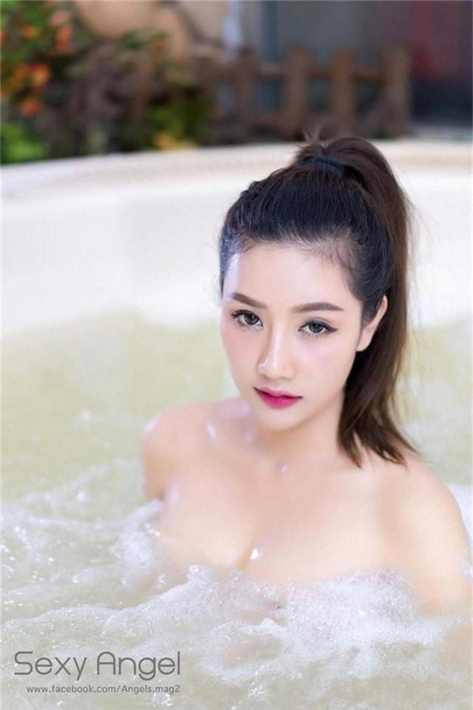 Sở hữu vòng một căng tròn gợi cảm, hot girl này đang được mệnh danh là nữ thần sexy số một Đông Nam Á - Ảnh 9.