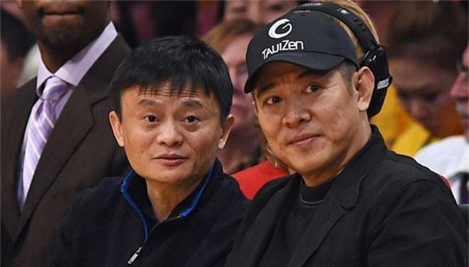 """""""Tỷ phú giàu nhất Trung Quốc"""" được Lý Liên Kiệt ra sức bảo vệ, nửa làng giải trí Hoa ngữ muốn kết thân - Ảnh 3."""