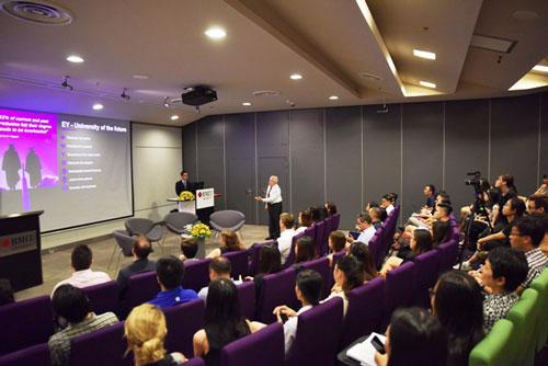 Phó chủ tịch Hội đồng Đại học RMIT (Úc) và các nhà tuyển dụng hàng đầu Việt Nam đã cùng thảo luận về các xu hướng và đột phá đang định hình thế giới việc làm tương lai.