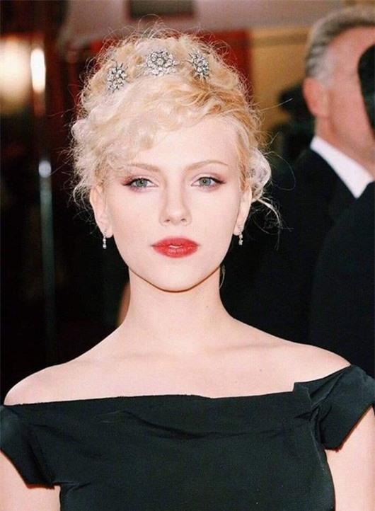 """Ảnh thời trẻ đẹp như tiên nữ của """"biểu tượng gợi cảm"""" Scarlett Johansson - Ảnh 6"""