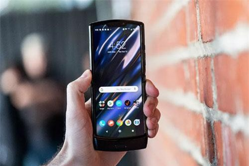 Chính thức: Motorola Razr được hồi sinh, giá bán 1.500 USD - Ảnh 1.