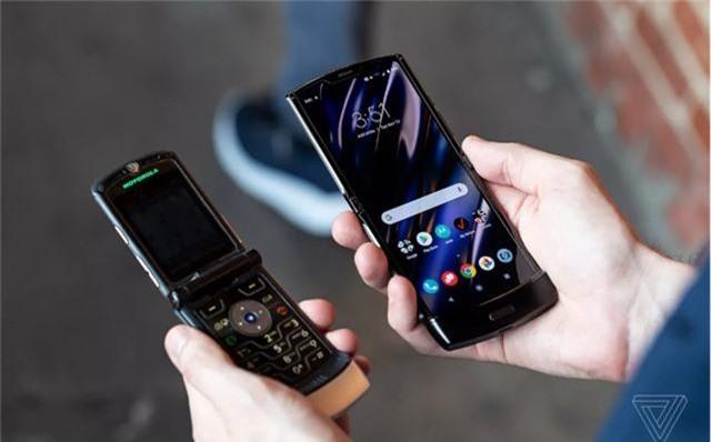 Chính thức: Motorola Razr được hồi sinh, giá bán 1.500 USD - Ảnh 2.