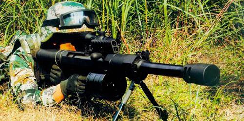 """Truyền thông TQ """"khoe"""" súng phóng lựu """"phát uy"""" trên chiến trường Trung Đông"""