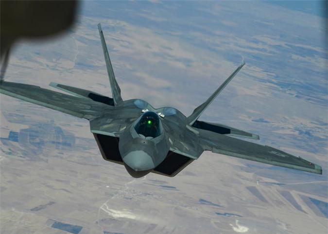 Su-27, F-22... va 10 may bay da thay doi lich su khong chien mai mai-Hinh-19