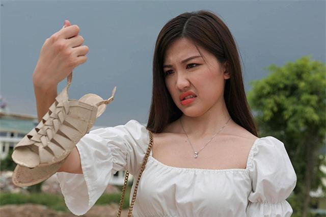 Trà trơ trẽn Lương Thanh phớt lờ lời chê diễn đơ - Ảnh 2.