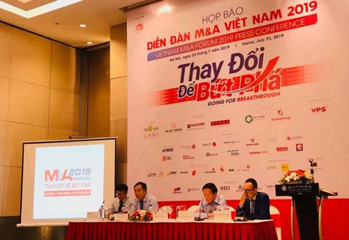 Toàn cảnh họp báo Diễn đàn M&A Việt Nam 2019.