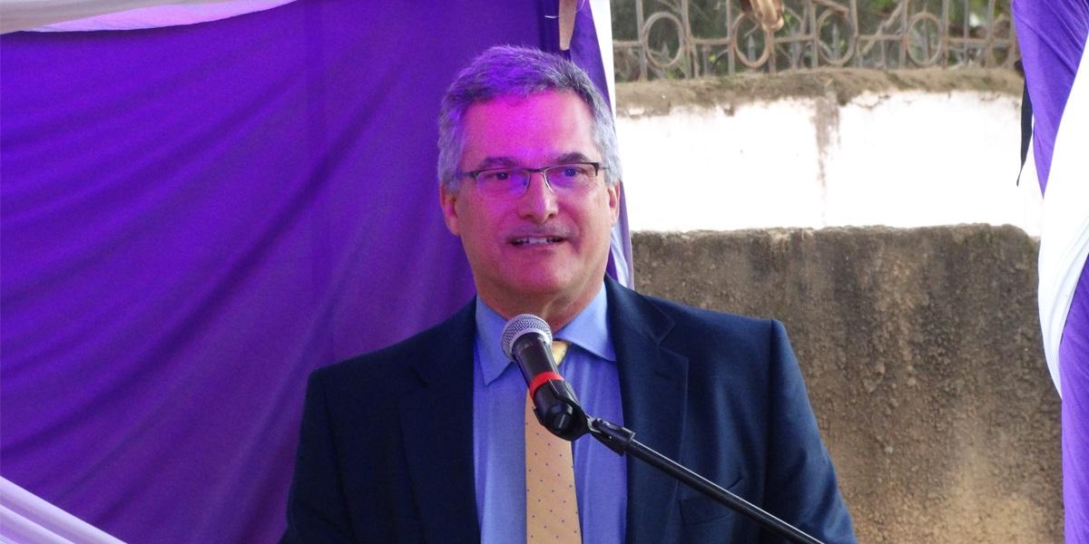 Ông Ron Ashkin - Giám đốc Dự án USAID LinkSME. Ông Ron Ashkin - Giám đốc Dự án USAID LinkSME.