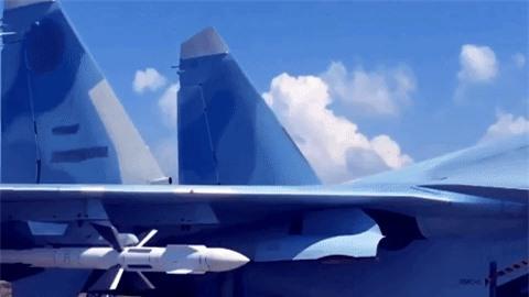 Kinh hoang suc manh bom phan luc Nga na xuong dau phien quan o Syria-Hinh-2