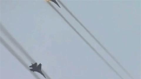 Kinh hoang suc manh bom phan luc Nga na xuong dau phien quan o Syria-Hinh-4