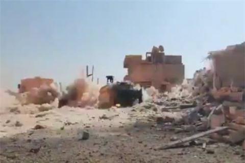 Kinh hoang suc manh bom phan luc Nga na xuong dau phien quan o Syria-Hinh-5